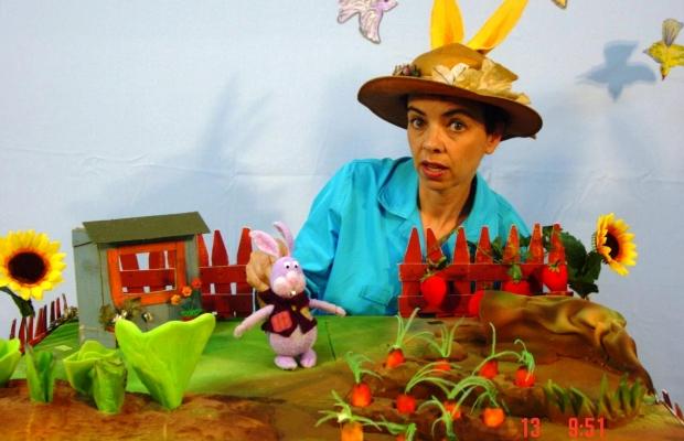 פיטר הארנב, הצגת ילדים בתיאטרון הקרון בירושלים