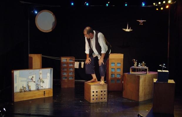 גוליבר, הצגת ילדים, תיאטרון בובות בתיאטרון הקרון