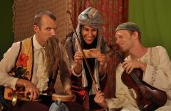 תיאטרון רחוב, בוסתן סיפורים הצגת ילדים בירושלים תיאטרון הקרון